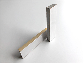 A2 - Narrow mitred piece, for external and internal angles